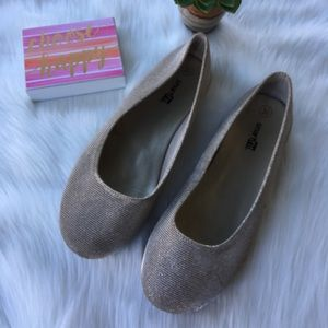 Other - Gold Flats Girls Size 3.5